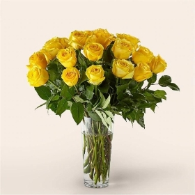 Classic 24 Yellow Roses Bouquet